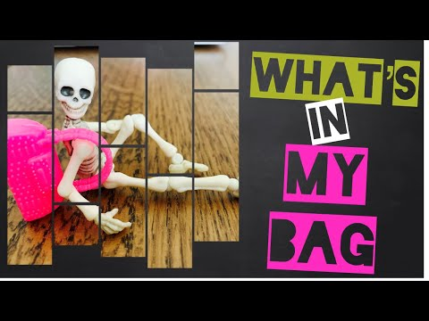 What's in my bag 2019? 【Stop Motion Movie】 | カバンの中身 【ストップモーション】 | 快看小骷髅人包包到底有什么?太可爱叻啦。