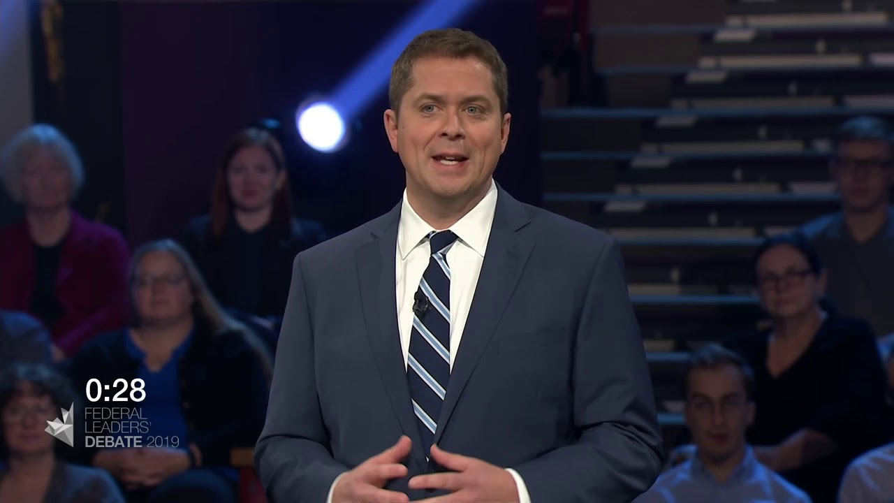 Andrew Scheer answers a question about working with the provinces