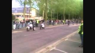 preview picture of video 'stunt - fete de la moto Soissons.wmv'
