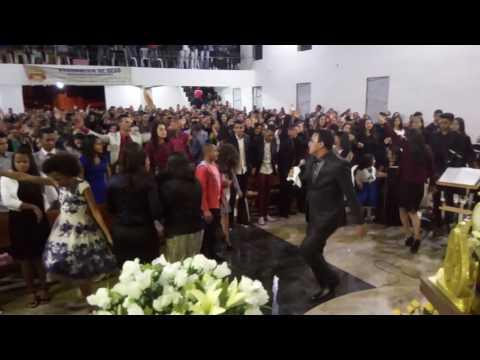 Miqueias Quebra Tudo nos 55 Anos Da Assembleia de Deus Em Angelândia-MG.