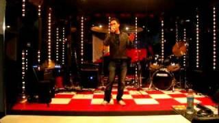 Zacariah - Dahil Mahal Na Mahal Kita (Live)