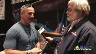 Aero-TV: More Than a Musician - Aaron Tippin Talks Aviation