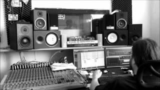 Video 05 Nahrávání EP Na rovinu - Matěj (Na oprátku, Na jazyku)