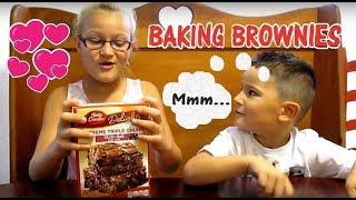 KIDS MAKE BETTY CROCKER SUPREME BROWNIES!!