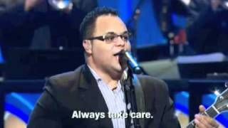 Israel Houghton - You Hold My World / How He Loves