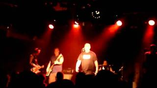 02 Angelic Upstarts - Never Ad Nothin (The Garage 18-09-2010)