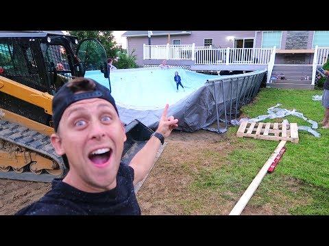 BUILDING HUGE FOAM PIT/POOL!!