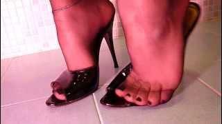 My Black Mules&nylons