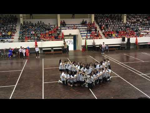 Giải nhất cuộc thi nhảy dân vũ lớp 6