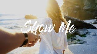 ELPORT - Show Me [ Future House ] ⚡