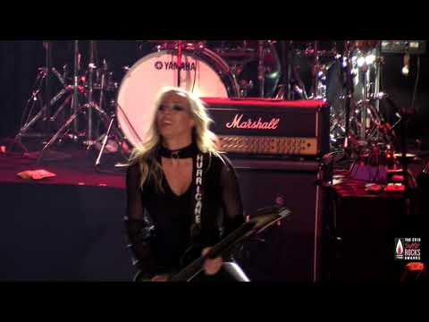 "Nita Strauss performs ""The Show Must Go On"": The 2019 She Rocks Awards"