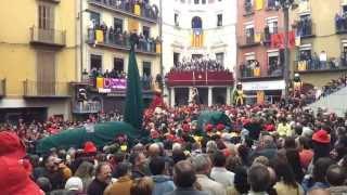 preview picture of video '5 #Patum #Berga #Catalonia #Tirabols #Guites #fb'