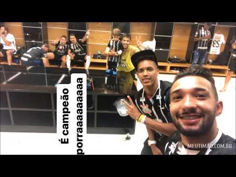 Jogadores do Corinthians mostram bastidores de comemoração do título nas redes sociais