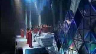 12 girls band _ River Dance