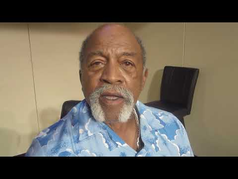(Part 2) Baseball Legend Luis Tiant Interview at MLB Fanfest in Miami 2017