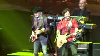 doobie brothers - live in st paul mn 8-9-2016
