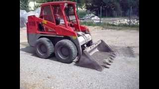 preview picture of video 'Práce smykovým nakladačem BOBCAT, Vodo-plasttop s.r.o., Mikulov'