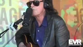Donovan Performs 'Sunshine Superman' on EVR.com's BBiB