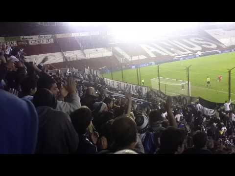 """""""LA BANDA DE MARCELO TE VINO ALENTAR"""" Barra: La Banda de Fierro 22 • Club: Gimnasia y Esgrima"""