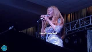Vocals Night: Lady Jaydee Akiimba 'Usiusemee Moyo' Na 'Ndindindi' LIVE