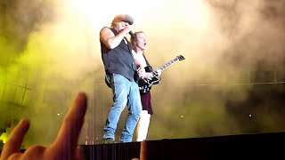 "AC/DC - FOR THOSE ABOUT TO ROCK (WE SALUTE YOU)  - Berlin 22.06.2010 (""Black Ice""-Worldtour)"