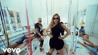 Video Desire (Me Tienes Loquita) de Paulina Rubio feat. Nacho