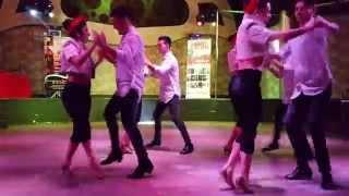 Rincón Latino - Bachata Tus Besos