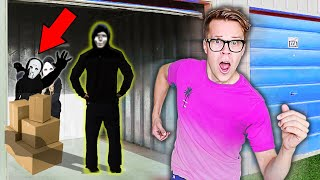 Escaping Quadrant Meeting in Game Master Warehouse! (Cameraman True identity Reveal Clues at 3am)