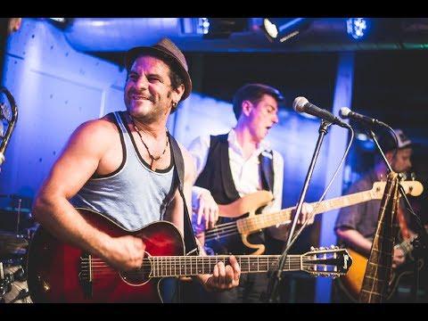 Video: Faela - Wild party at Jazz Dock!