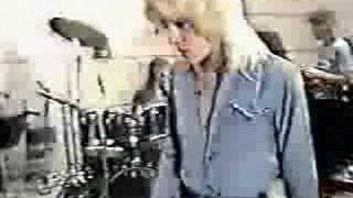 The Runaways - I Love Playin With Fire