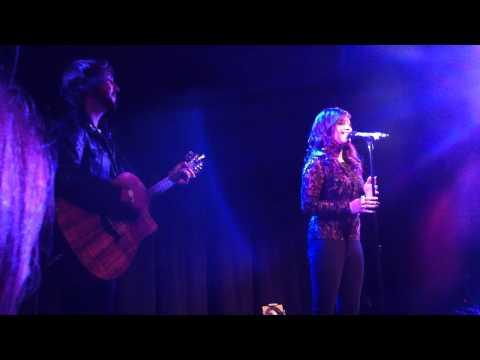 Kirstie Maldonado sings