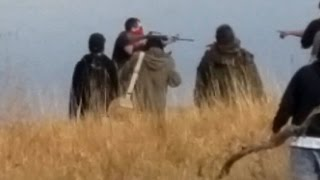 Did a DAPL Security Worker Wielding an AR-15 Rifle Try to Infiltrate Native Water Protectors?