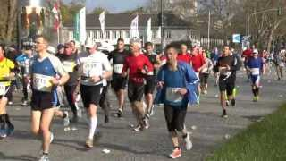 preview picture of video 'Szenen vom Düsseldorf Marathon 2013'