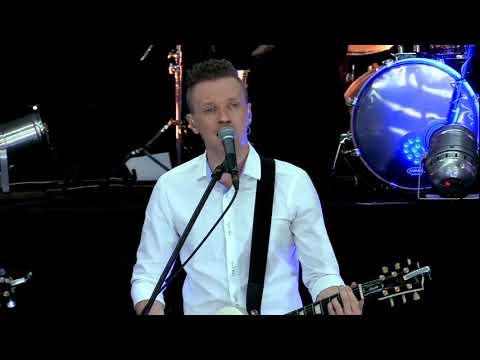 Reckless Love - Cory Asbury // Киевский Хор - Велика любовь (Малин 2018)
