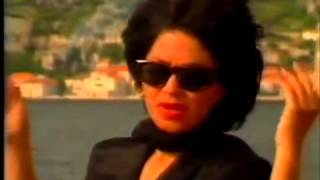 Neda Ukraden - Isplest cu bijeli vijenac - (Official Video 1988)