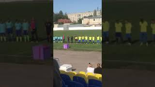 Игрок вознесенского «Сокола» сделал предложение своей девушке перед стадионом болельщиков. ВИДЕО