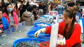 Video Shirmp autcion by a beautiful  woman in Taiwan fish market ! MP3, 3GP, MP4, WEBM, AVI, FLV Agustus 2019