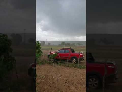 Chuva de granizo é registrada no Povoado de Cajueirinho no município de Água Fria-BA