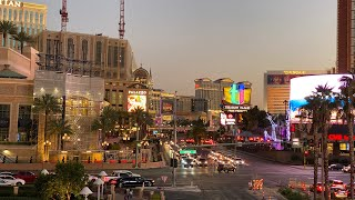 LAS VEGAS RIGHT NOW - HOT Summer Sunday Night Las Vegas Strip WALKING TOUR
