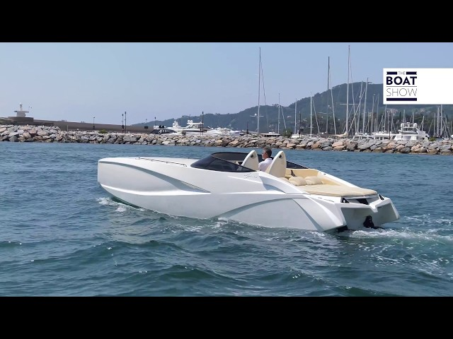 [ENG] DIPIÙ 900 F - Amazing 4K Review -  The Boat Show