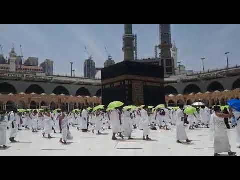 المصلون يؤدون الجمعة الثانية من رمضان في جو من الطمأنينة والراحة