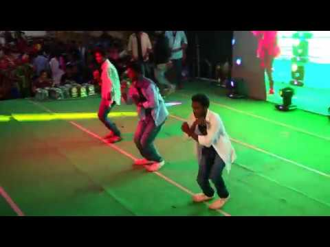 Download Ravoyi Chandamama Remix , Block Buster Song Dance Performance HD Mp4 3GP Video and MP3
