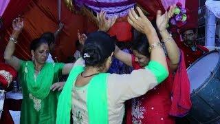 Pahari Dhol Band Baje NON-STOP Wedding Dance 👌😘|| Desi Dance || Ladies Girls Dance || Mandyali 😘