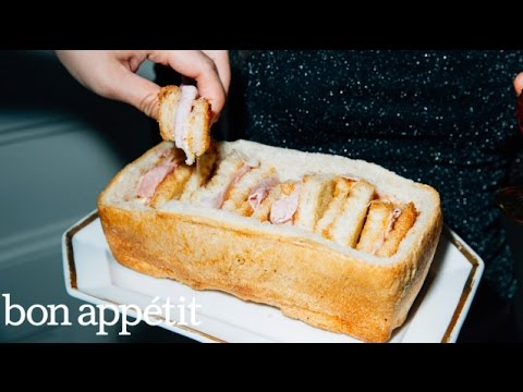 Make These Mini Ham And Cheese Sandwiches Inside A Bread Loaf For Your Next Party