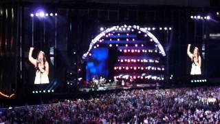 """Martina McBride - """"I'm Gonna Love You Through It""""    ( 2012 CMA Music Fest )"""