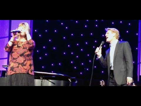 Cross of Love - Steve Green & Twila Paris - Live at the God of All Glory Tour