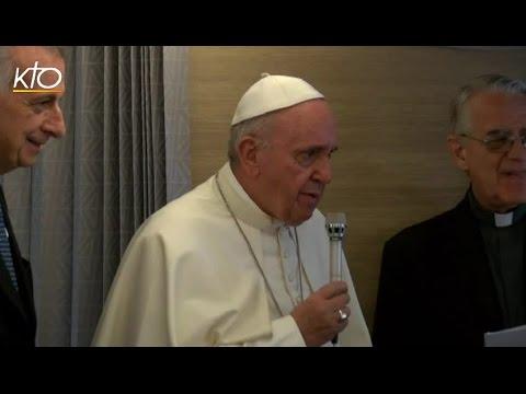 Conférence de presse du Pape François sur le vol Bangui-Rome