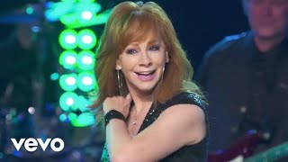 Reba McEntire - The Night The Lights Went Out In Georgia (Outnumber Hunger Concert)