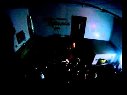 NESTA - 40oz (Live @Tropics)