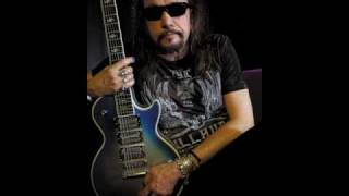 Ace Frehley - The Acorn is Spinning